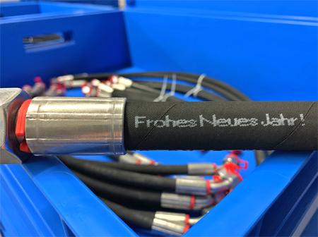 Hydraulikschlauchleitung mit Aufdruck